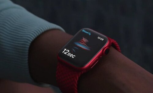 hero-apple-event-_apple-watch-6-product-red-w782.jpg